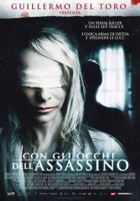 locandina del film CON GLI OCCHI DELL'ASSASSINO
