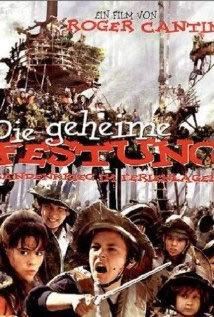 locandina del film LA FORTEZZA NASCOSTA (2001)