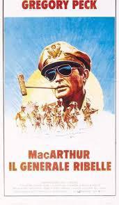 locandina del film MACARTHUR IL GENERALE RIBELLE