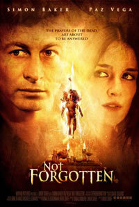 locandina del film NOT FORGOTTEN - LE VERITA' NASCOSTE